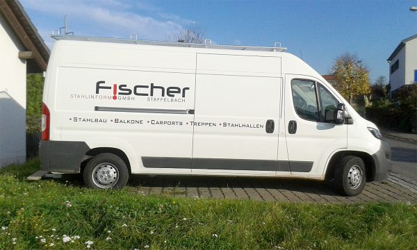 Raithel Werbetechnik und Textildruck-  Fischer StahlInForm Gmbh - Fahrzeugbeschriftung