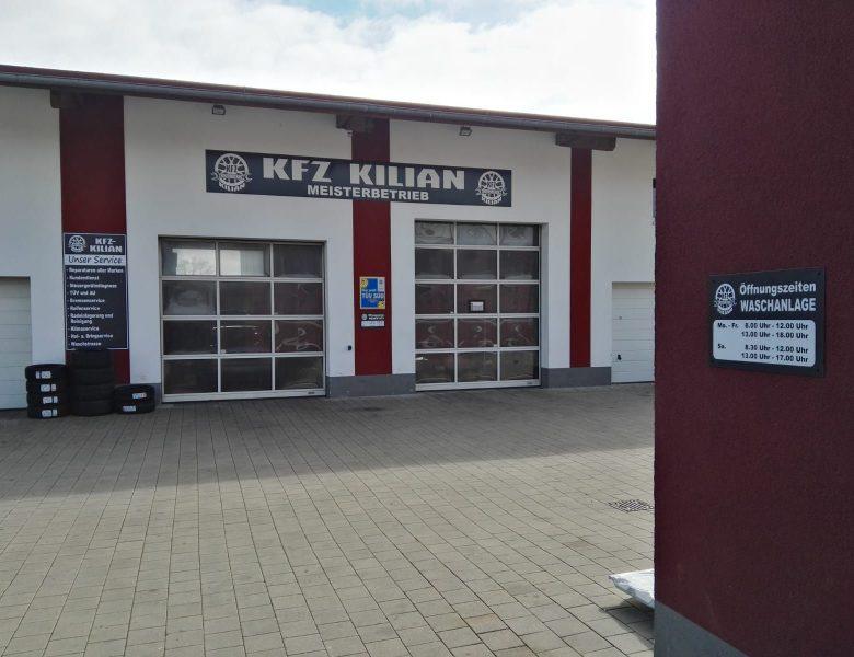 Raithel Werbetechnik und Textildruck | KFZ Kilian | Werkstattschilder | Digitaldruck mit Schutzlaminat auf Aludibond