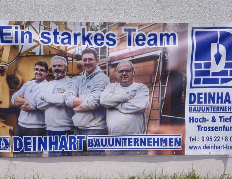 Raithel Werbetechnik und Textildruck - Bauzaunwerbung - Bauunternehmen Deinhart - Trossenfurt -