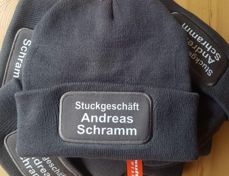 Raithel Werbetechnik und Textildruck - Stuckgeschäft Schramm - Textildruck - Flexplott - Mütze
